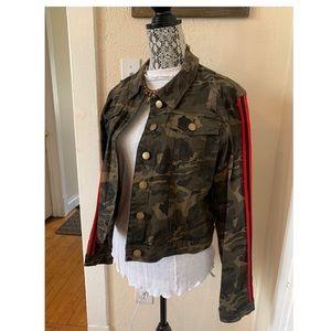 Fashion Nova Jackets & Coats - Fashion Nova Out of control Camo Jacket